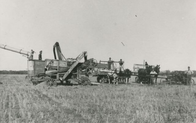 1930s Spirit River AB threshing crew