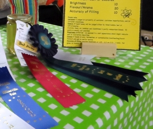 honey prize ribbon