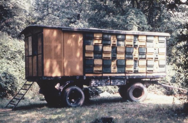 Portable apiary in Slovenia. (Photo by David Miksa)