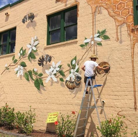 bee-mural-1