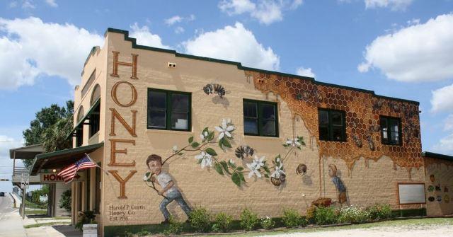 bee-mural-2