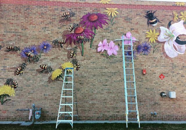 bee-mural-4